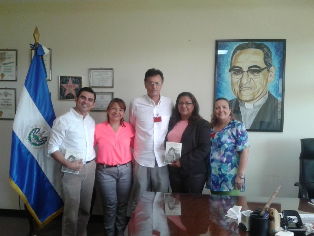 Al Ministero degli Esteri con la viceministra Liduvina Magarìn e i suoi collaboratori