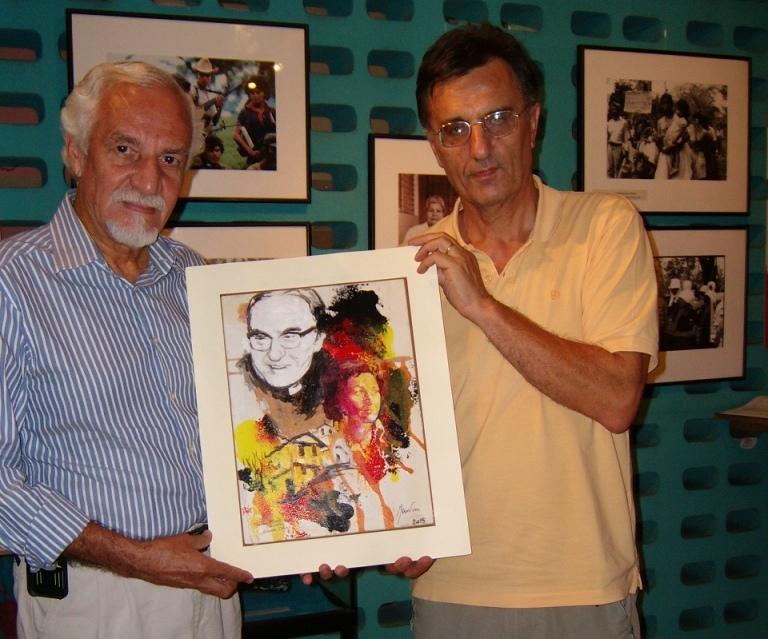 """Museo de la Palabra y Imagen: consegna al direttore """"Santiago"""" del quadro"""